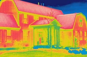 Imagen termográfica de vivienda unifamiliar.