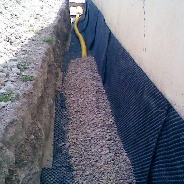 Drenaje y humedad por capilaridad hume ingenier a - Soluciones para paredes con humedad ...
