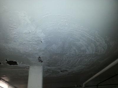 humedad techo garaje